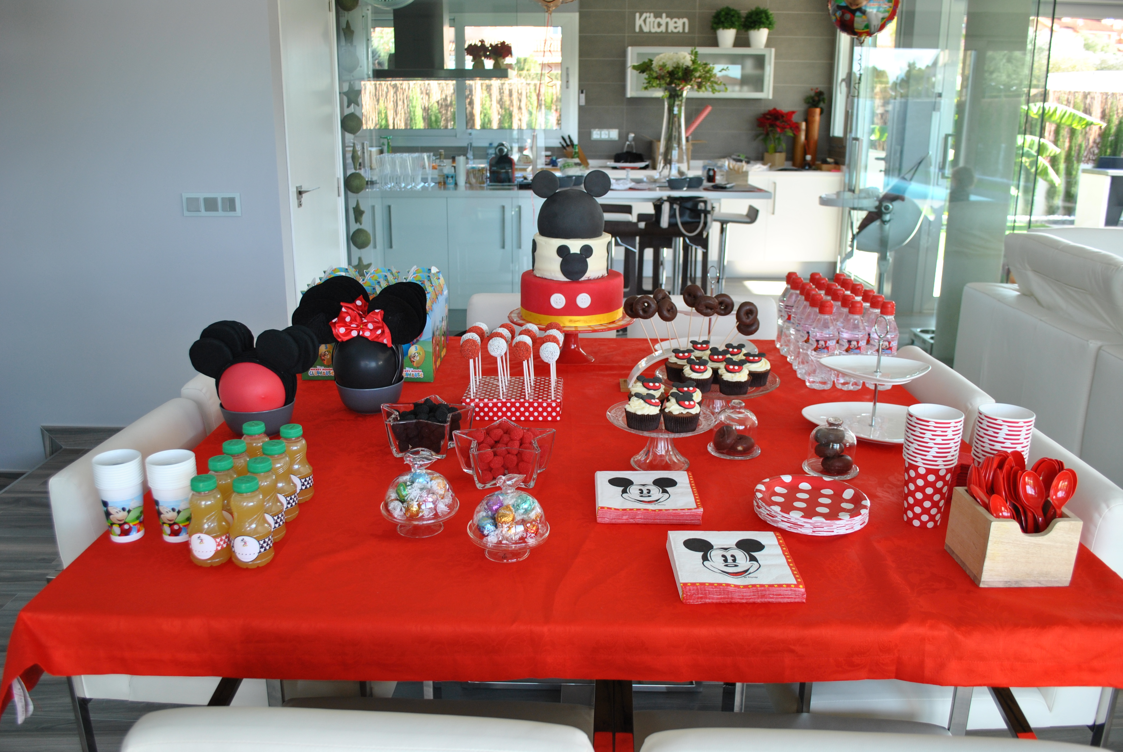 Cumplea os de beltr n mickey mouse alicia bakes for you for Mesa de cumpleanos de mickey